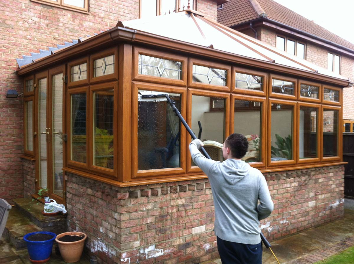 Conservatory Cleaning In Rayleigh Hockley Ashingdon